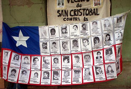 http://www.desaparecidos.org/arg/victimas/e/elgueta/bandera.jpg