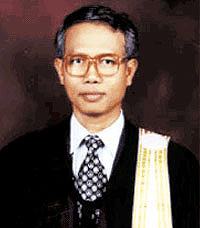 Somchai Neelapaijit